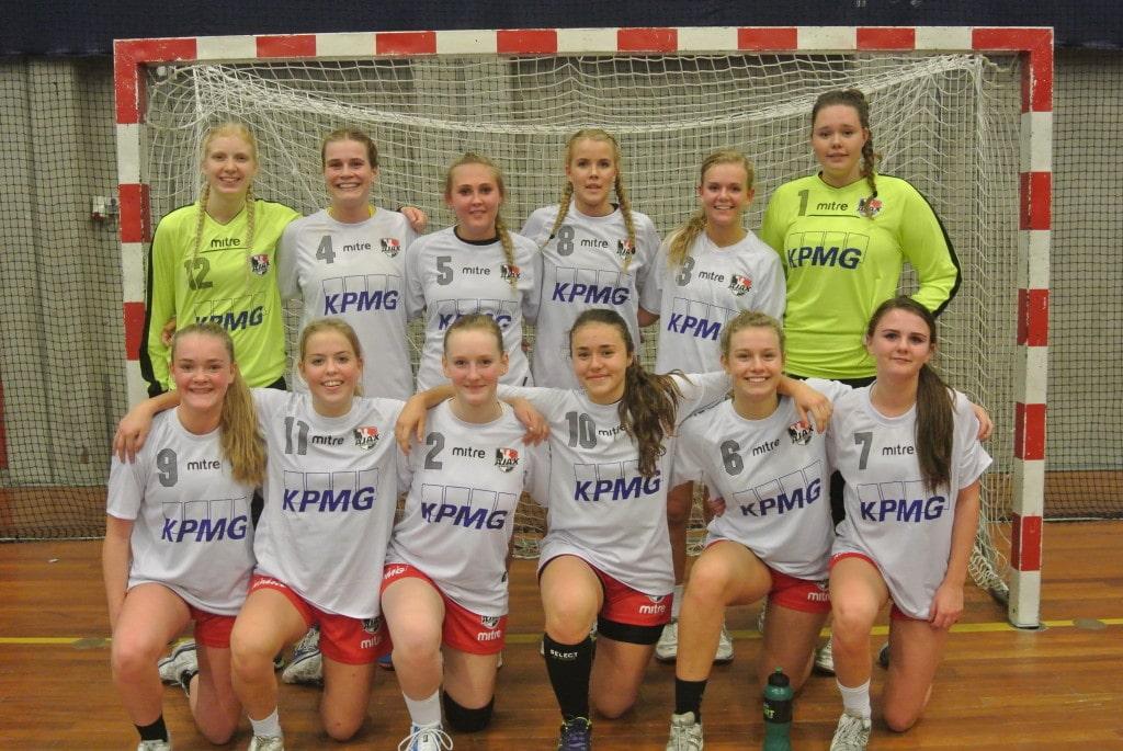 U16 Pige 2 14-15 KPMG Hvid