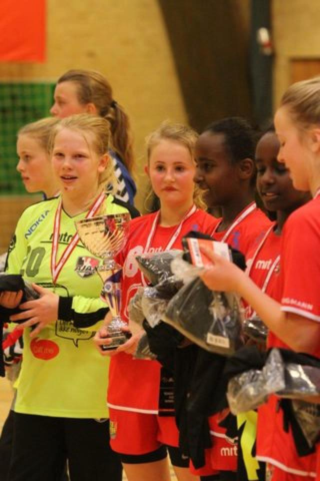 U12 piger - Faxe Kondi Julecup 2012 - Guldmedaljer