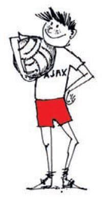 Ajax dreng holder bolden i armen
