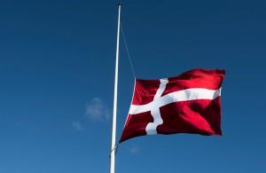 flag-på-halvt