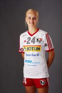 AJAX_24_Sofie Olsen_16-17