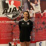 Ajax København indgår aftale med ung, talentfuld bagspiller